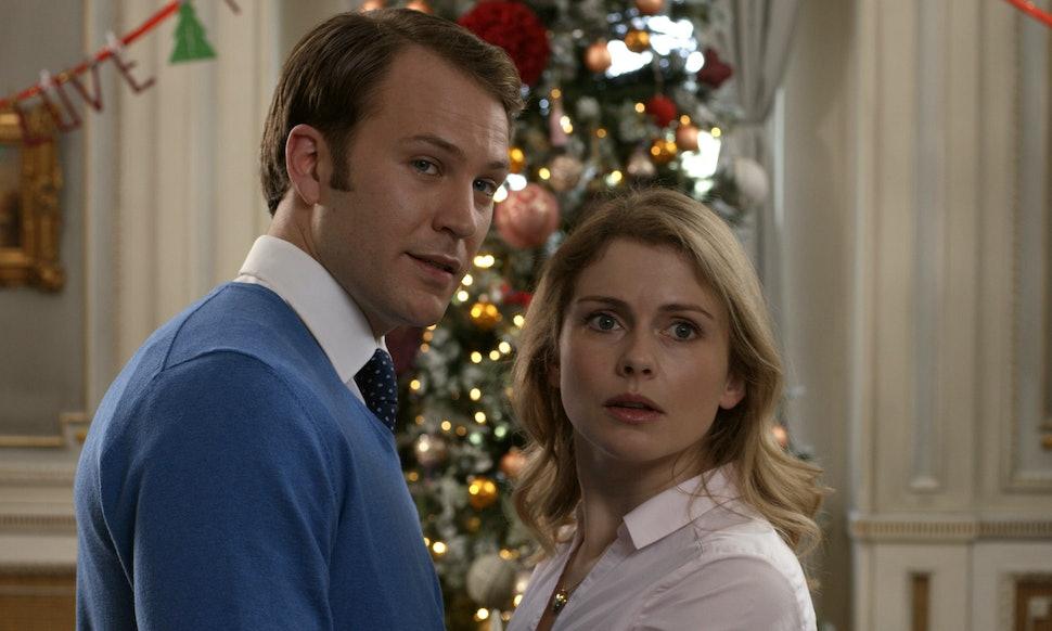 Here\'s Every New Christmas Movie Hitting TV & Netflix This Week ...