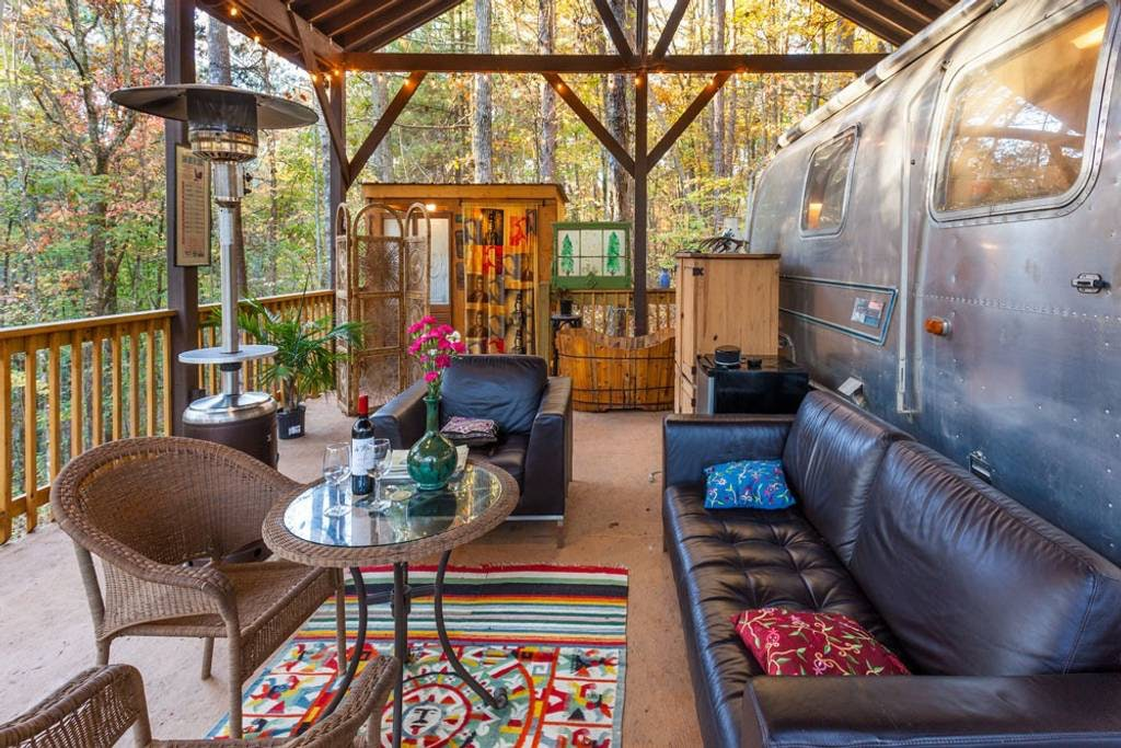 Airstream Vacation Rentals That'll Definitely Make A Glamper