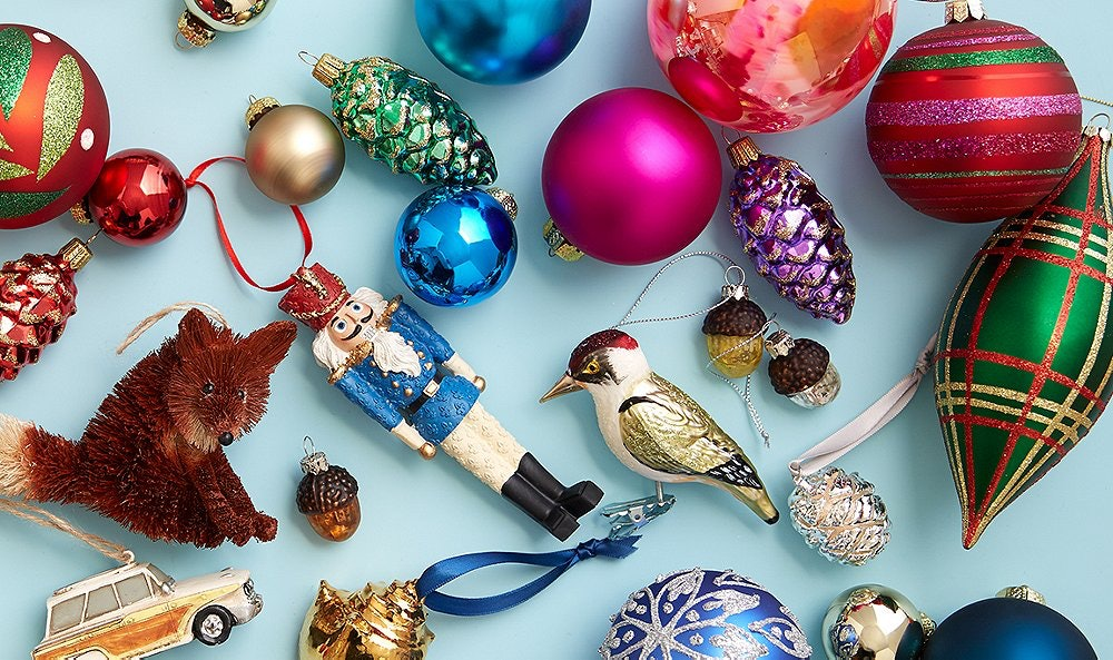 11 Vintage Holiday Decorations That Are Equal Parts