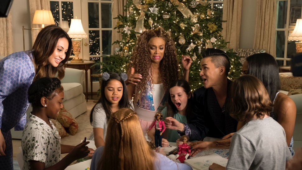 'Life-Size 2: A Christmas Eve' Is The 2018 Parody You Didn't Know You Needed. '