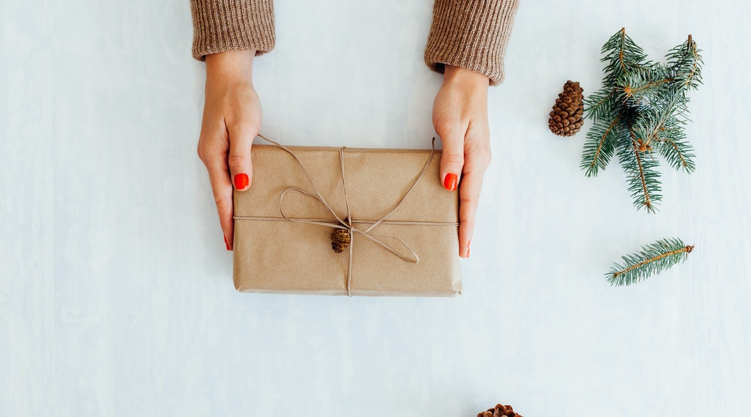 10 White Elephant Gift Ideas That Wont Cost You More Than 30