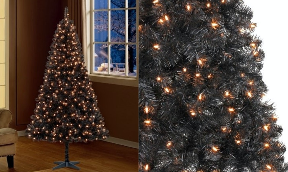 black christmas trees are an unexpected 2018 trend the pictures are stunning