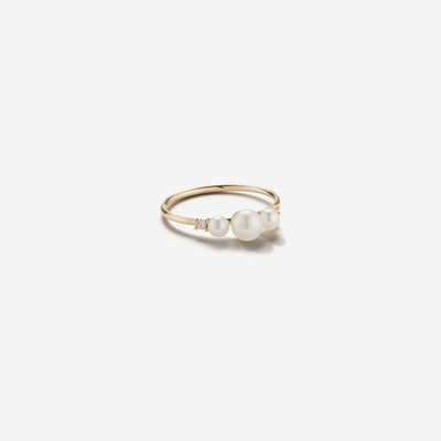 Sea of Beauty Collection. Three Pearl and Diamond Ring