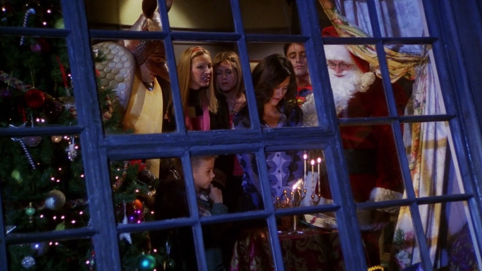 9 Christmas Episodes Of 'Friends' To Get You In The Holiday Spirit