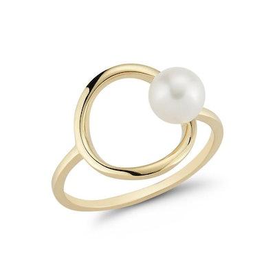 14K Gold Pearl Circling Ring