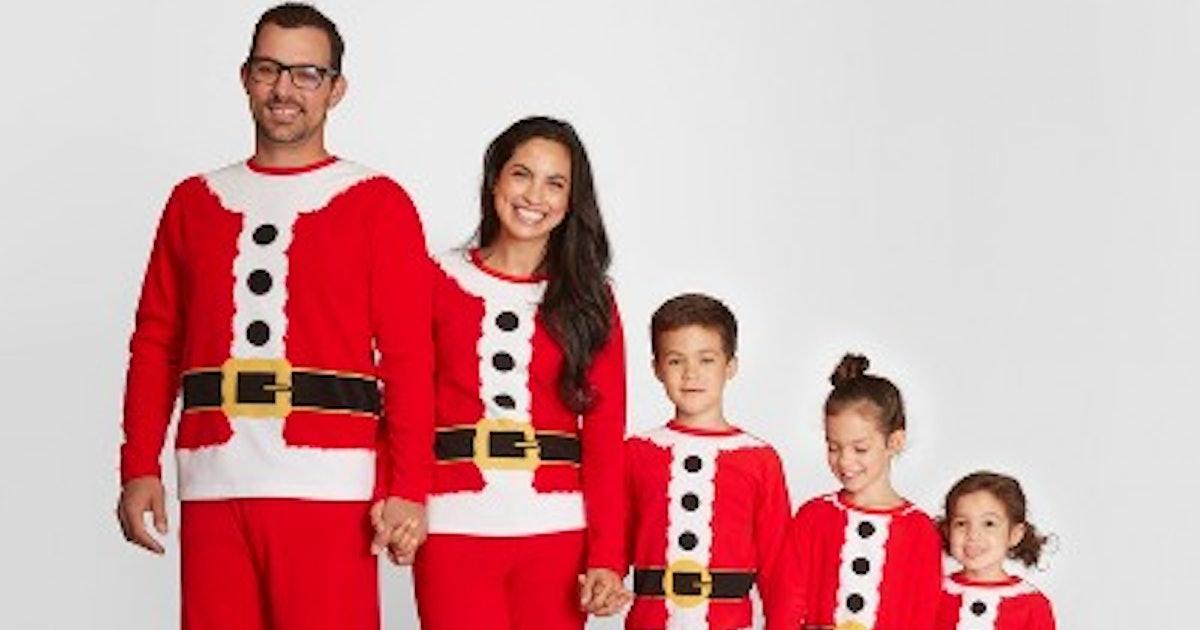 Family Christmas Pajamas Including Dog.Holiday Santa Family Pajamas Collection