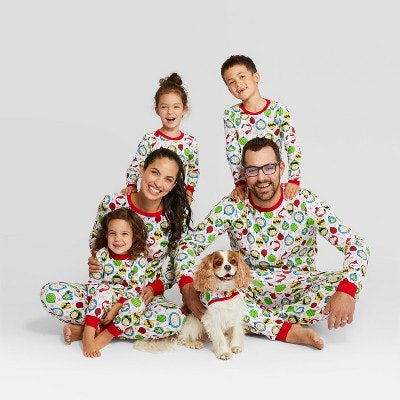Peanuts Holiday Family Pajamas Collection