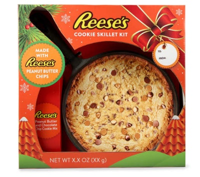Reese's Cookie Skillet