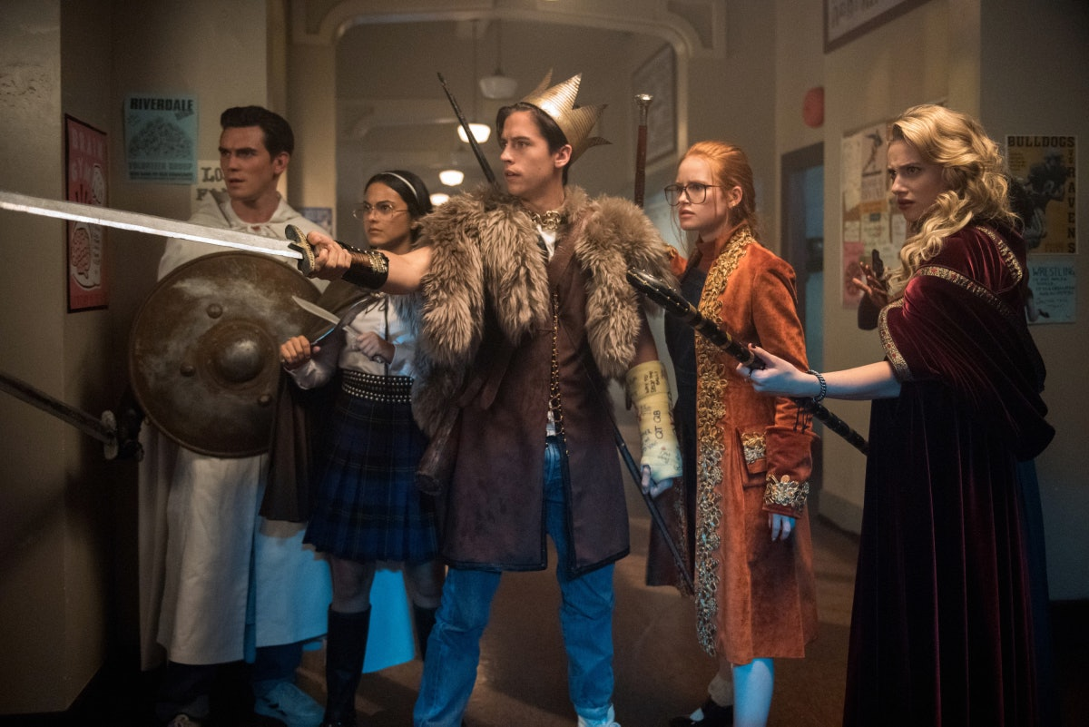 The 'Riverdale' Flashback Episode Will Reveal Some Dark Secrets