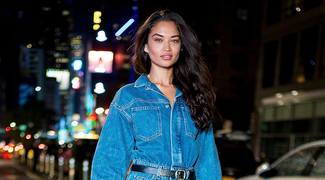 aea8f3c55bc1 Shanina Shaik s Denim Jumpsuit Is The Utility Trend At Its Finest