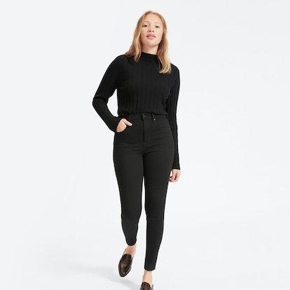 Authentic Stretch High-Rise Skinny in Black