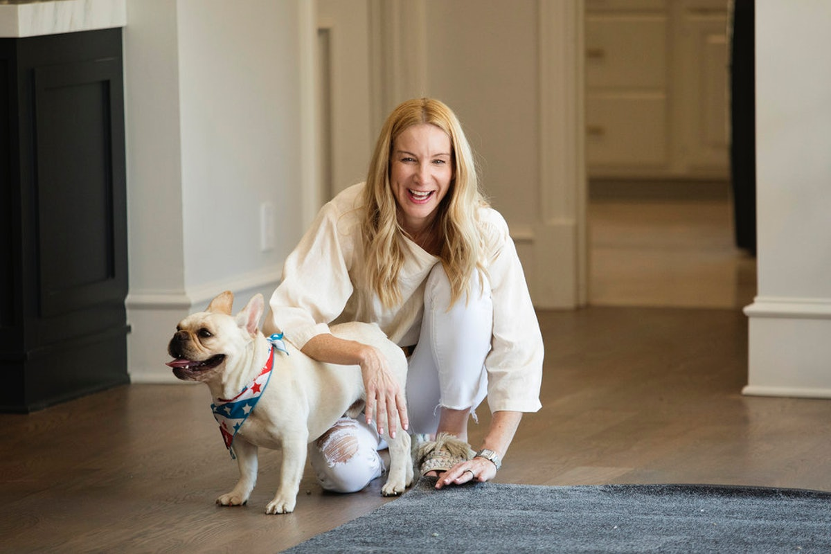 Jennifer Welch's Interior Design Tips Will Make Your Space Just As Beautiful As The 'Sweet Home' Star's, But On A Budget