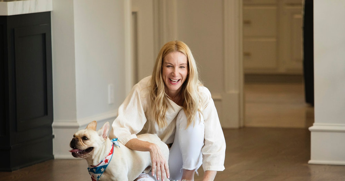 'Sweet Home' Star Jennifer Welch's 5 Best Tips For Decorating On A Budget
