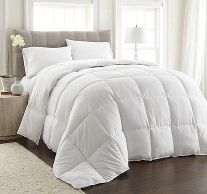 Chezmoi Collection White Goose Down Comforter