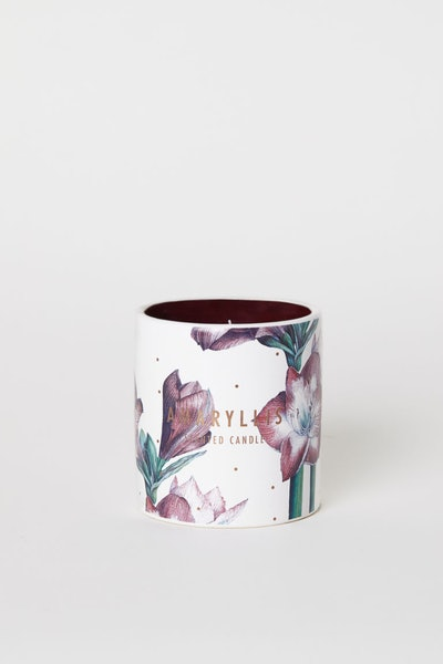 Large Scented Candle in in Dark Purple/Amaryllis