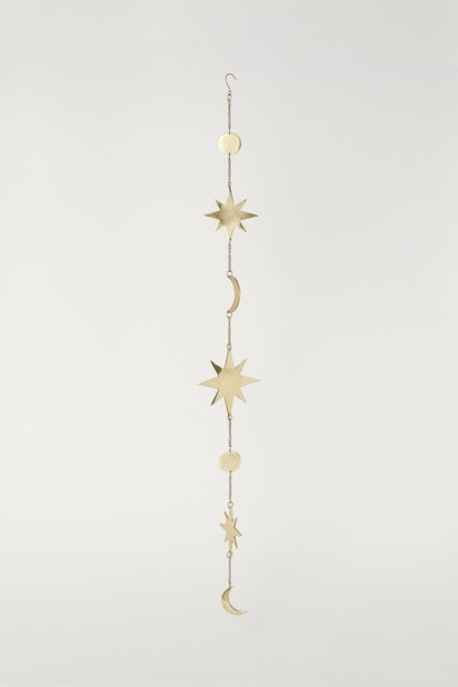 Metal Garland in Gold-Colored