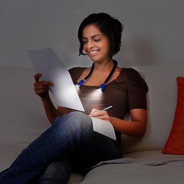 CeSunlight Hands-Free LED Light