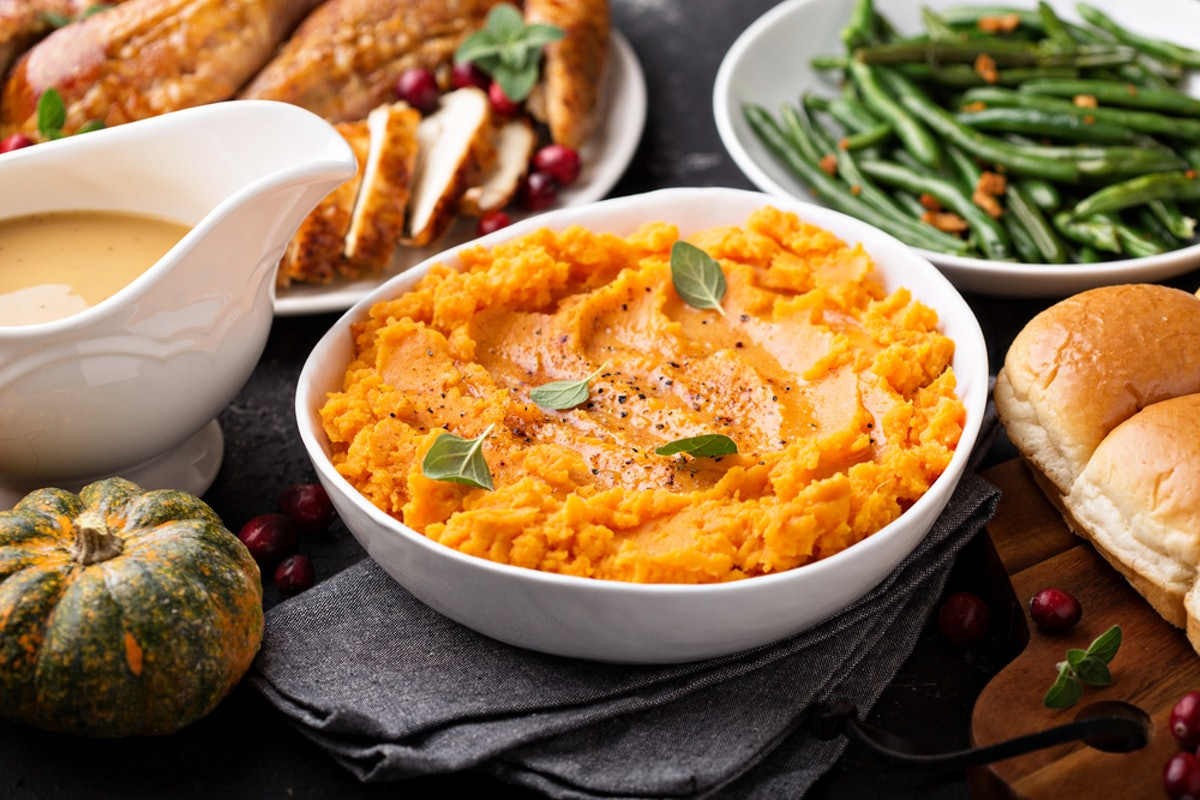 15 Classic Thanksgiving Sides To Make In Your Crock-Pot, Bc It's *Way* Easier