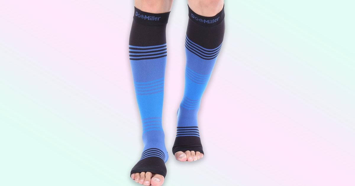 The 5 Best Socks For Swollen Feet