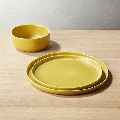 Drift Matte Yellow Dinner Plate