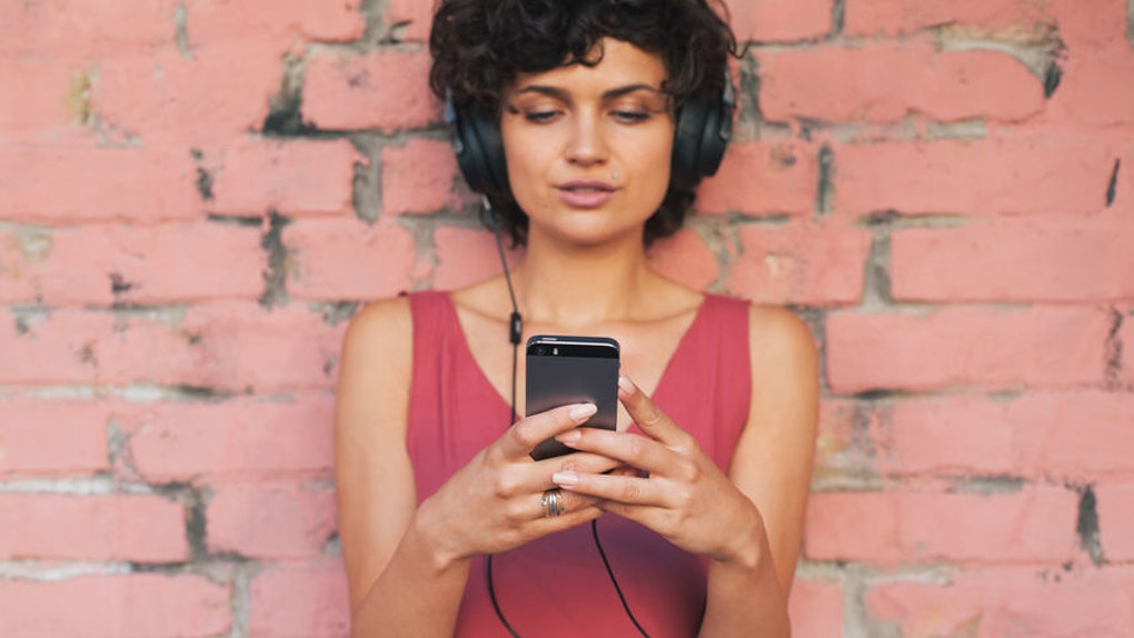 The Best Health & Wellness Podcasts To Listen To In 2019 For