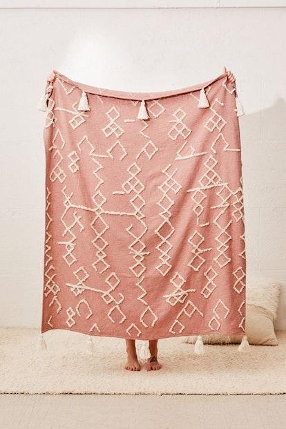 Geo Tufted Tassel Throw Blanket