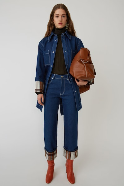 Contrasting Blue Jeans