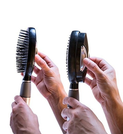 Be In Beauty Quik-Clean Brush