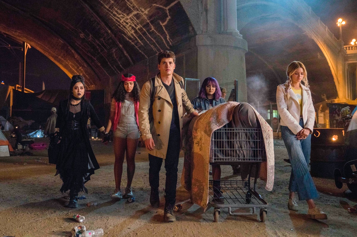 How Marvel's 'Runaways' Cast Feels About Being In The Avengers Universe