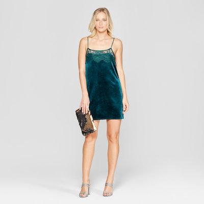 Xhiliration Strappy Lace Top Velvet Dress