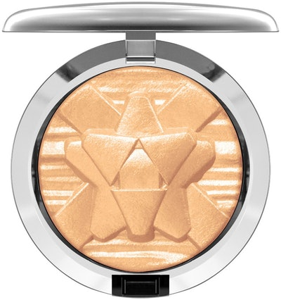 MAC Shiny Pretty Things Extra Dimension Skinfinish in Oh Darling