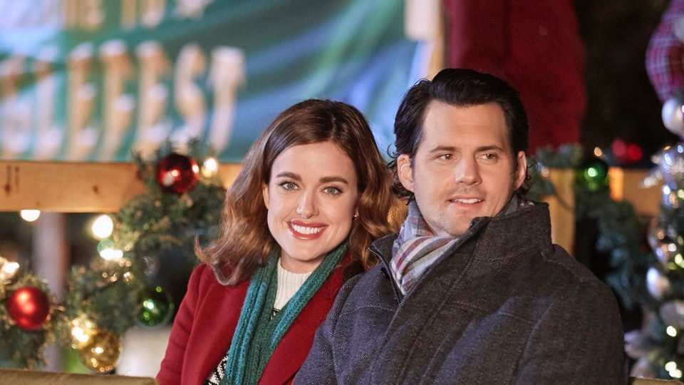 Here's Every New Holiday Movie Coming To TV This Week To