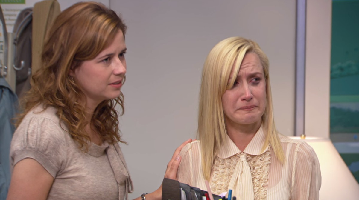 Jenna Fischer & Angela Kinsey Recreated An Unforgettable Scene From 'The Office' With Hilarious Results — VIDEO