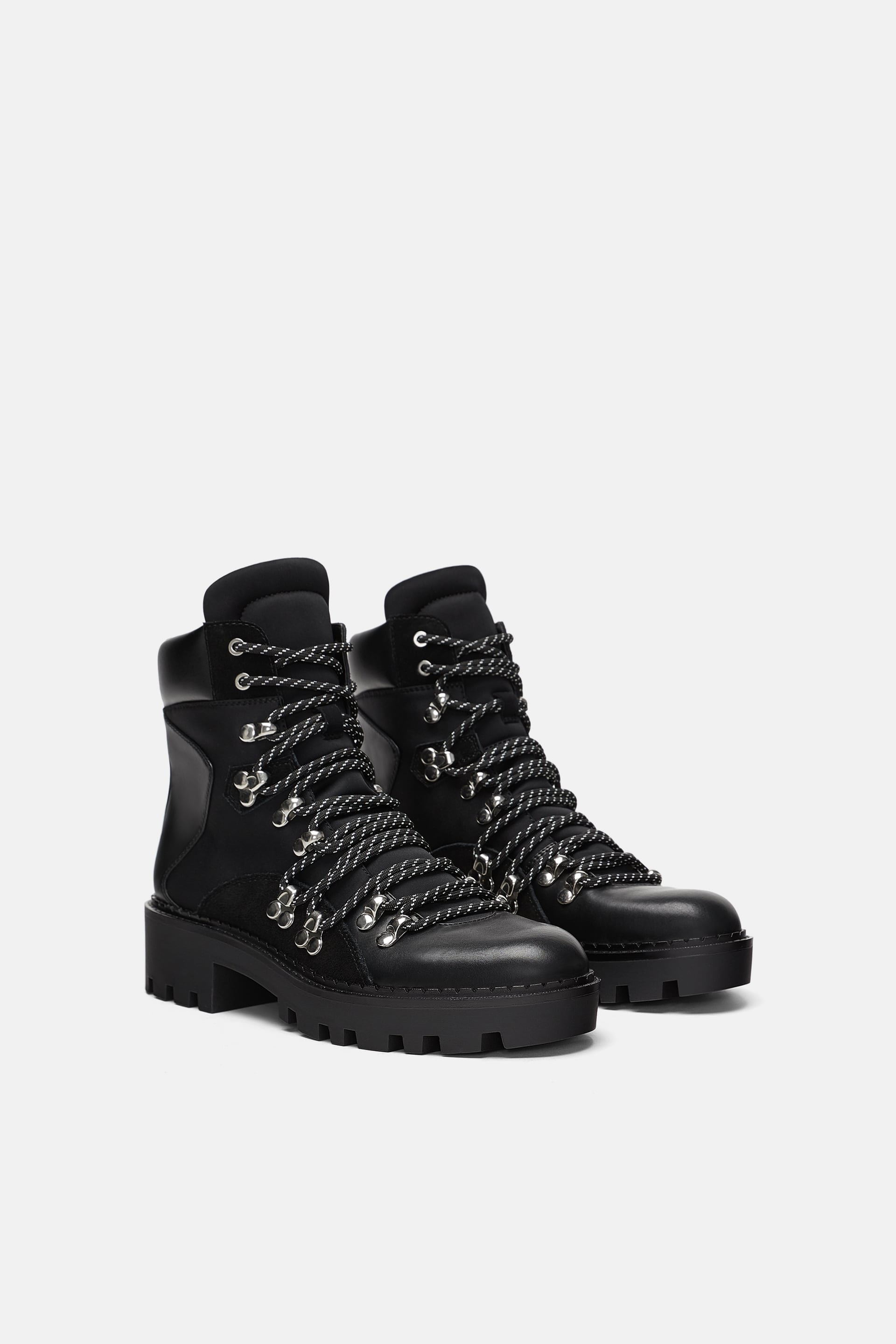 8c0633087b8 Fashionable Hiking Boots Are Winter's Must-Try Trend