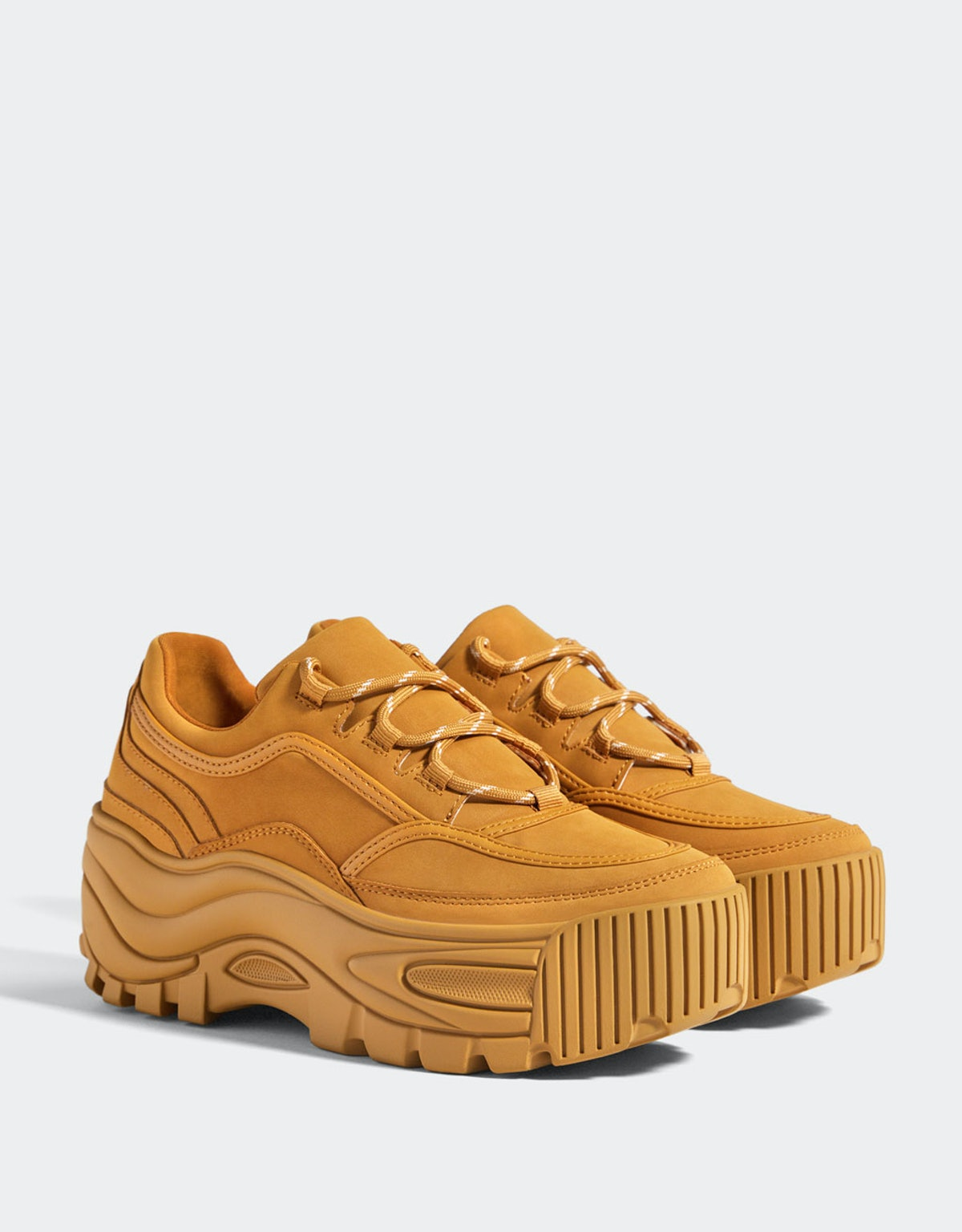 Monochrome platform sneakers