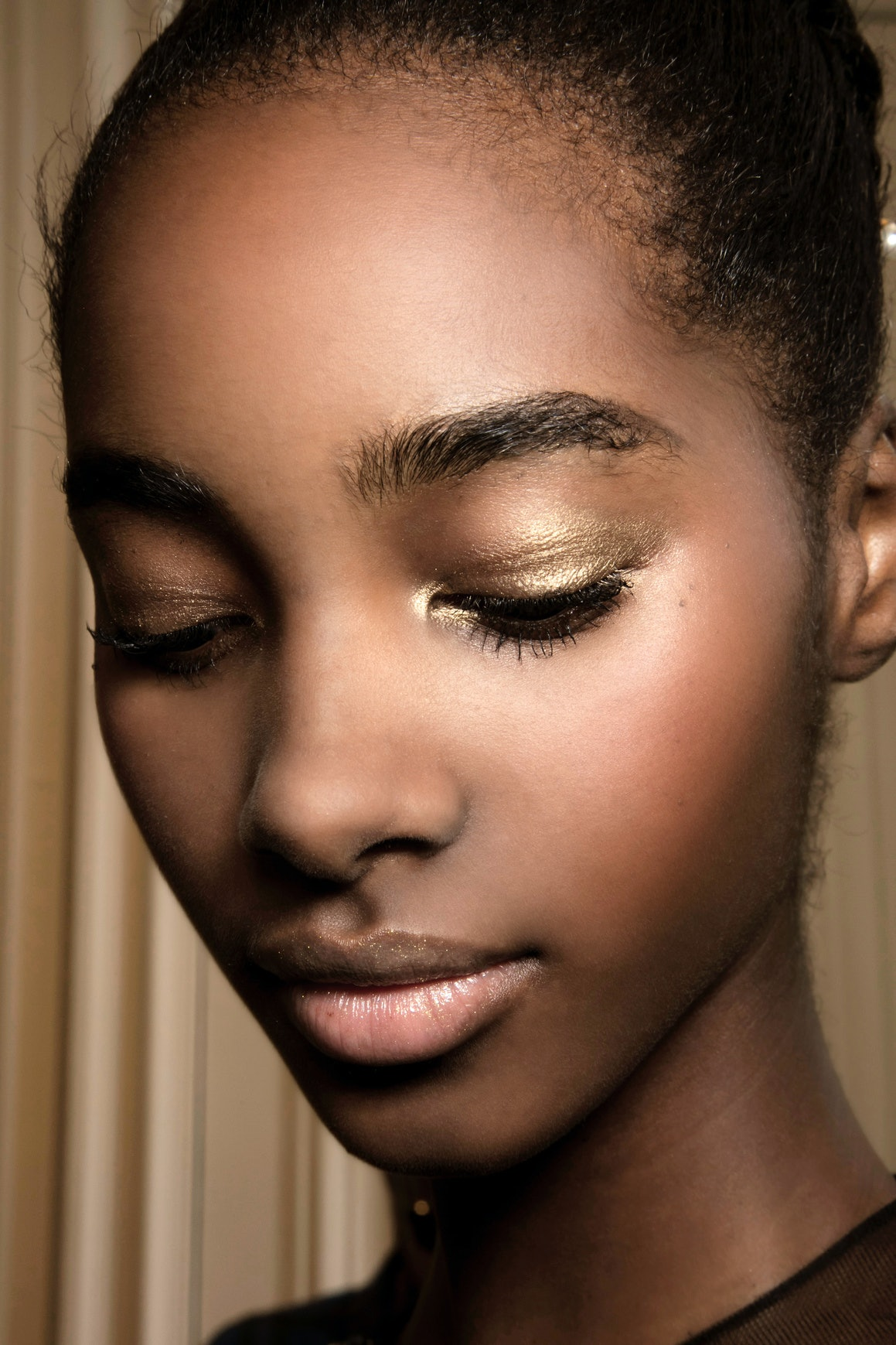 Does Brow Regrowth Serum Really Work The Pros Explain