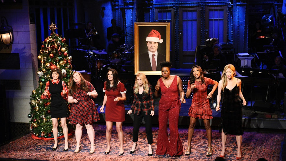 Christmas Parody.Snl S All I Want For Christmas Parody Features The Female