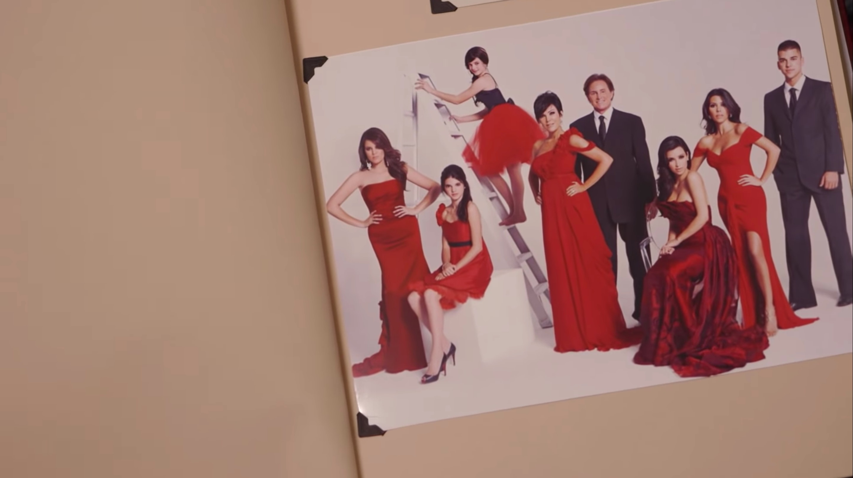 Kardashian Christmas Cards.Kardashian Family Christmas Cards Over The Years Show How