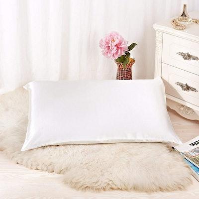 Alaska Bear Natural Silk Pillowcase