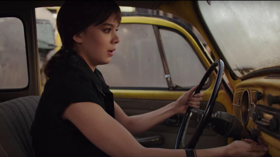 7 Times Bumblebee Corrects The Mistakes Of The Other Transformers