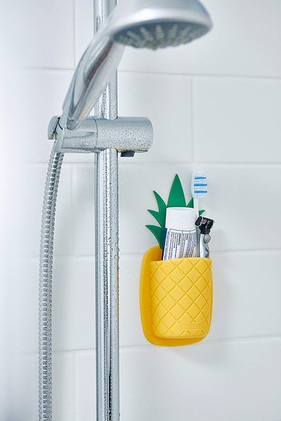 Tooletries Pineapple Toothbrush Holder