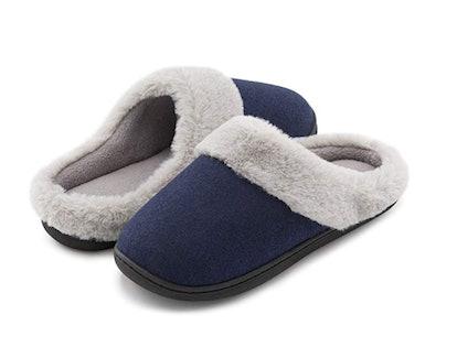 HomeIdeas Plush Slippers