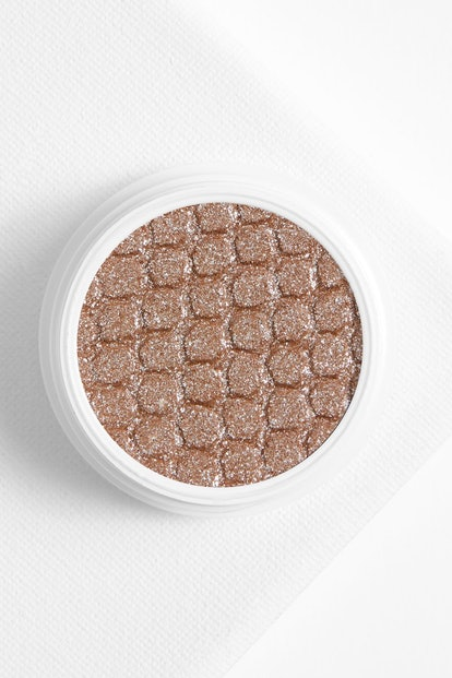 "Super Shock Shadow in ""Ritz"""
