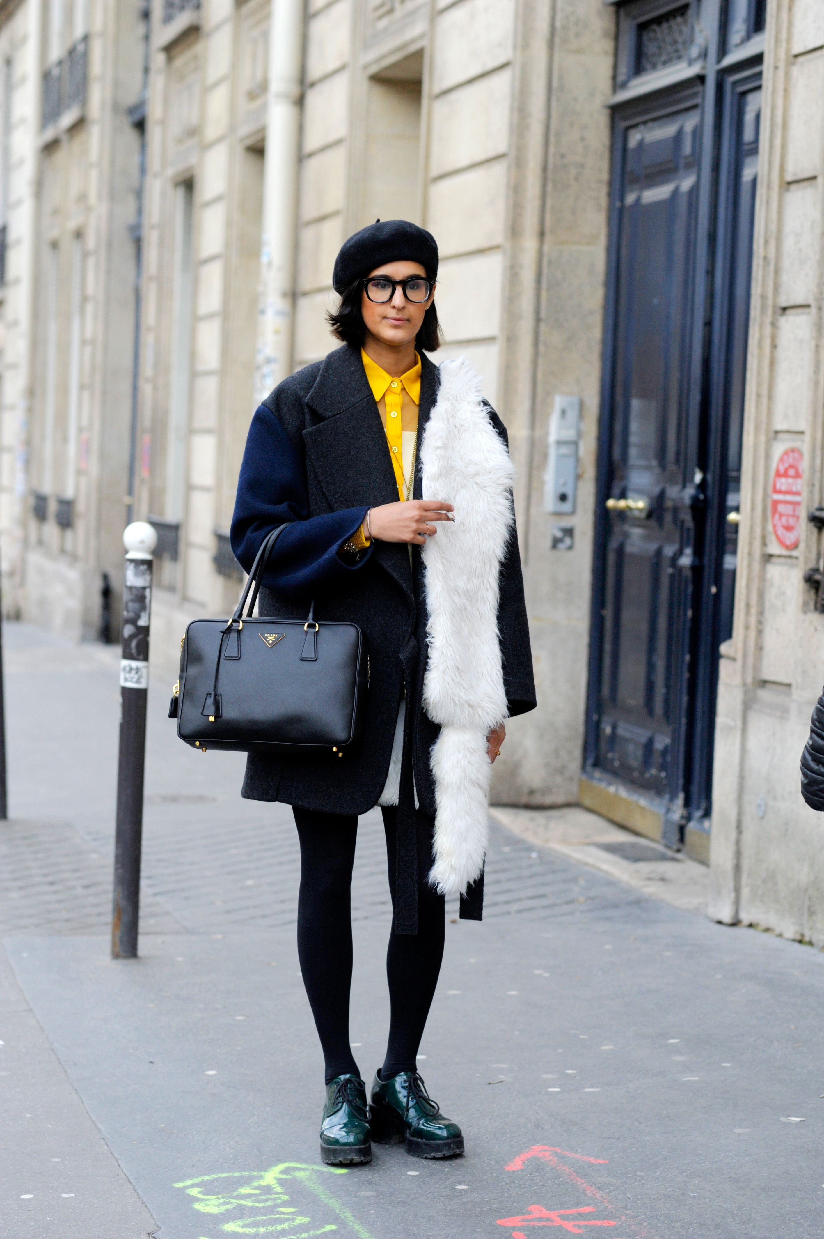 9e108850fc4 9 Cute Outfits With Black Tights That Street Style Stars Have Already  Perfected For Winter