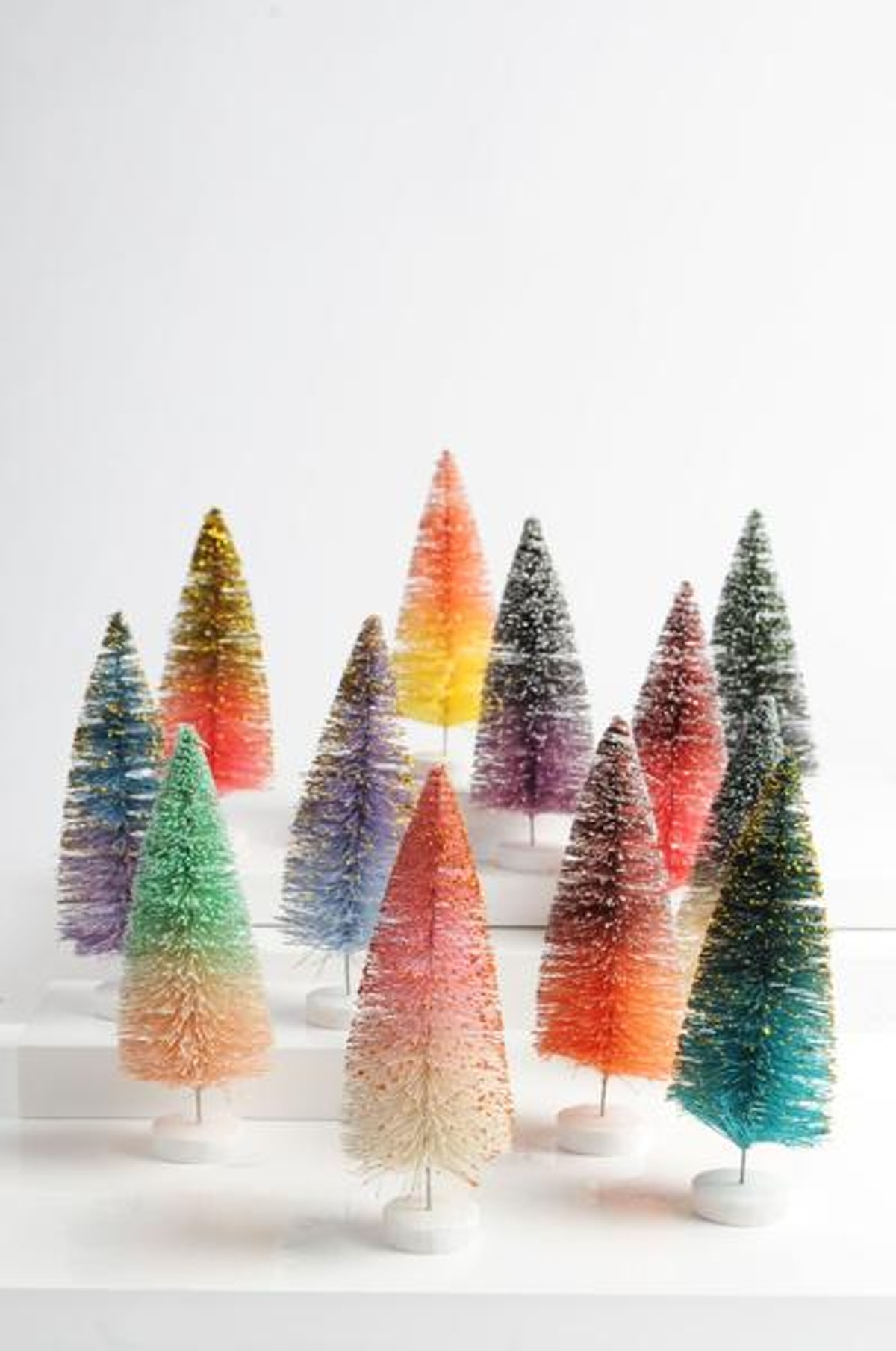 Cody Foster & Co 12 Large Of Glitter Ombre Tree Set