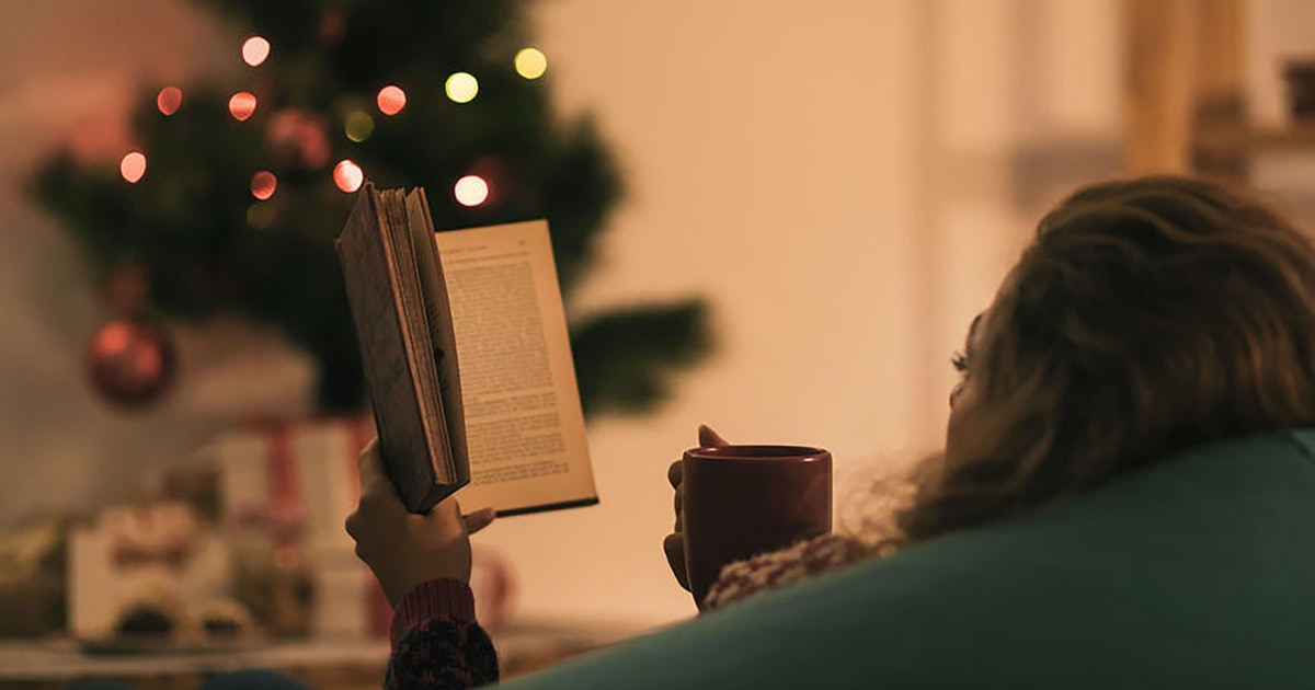 Being An Introvert During The Holidays Can Be Incredibly Tough, But This Is How To Handle It