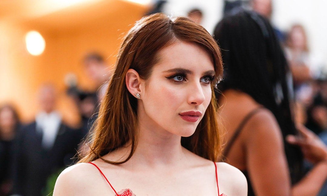 Emma Roberts New Bob Haircut Offers An Easy Way To Refresh Your Look
