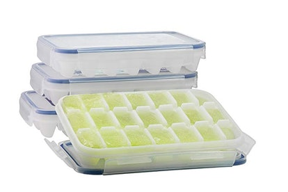 Komax Ice Cube Tray with No-spill Cover