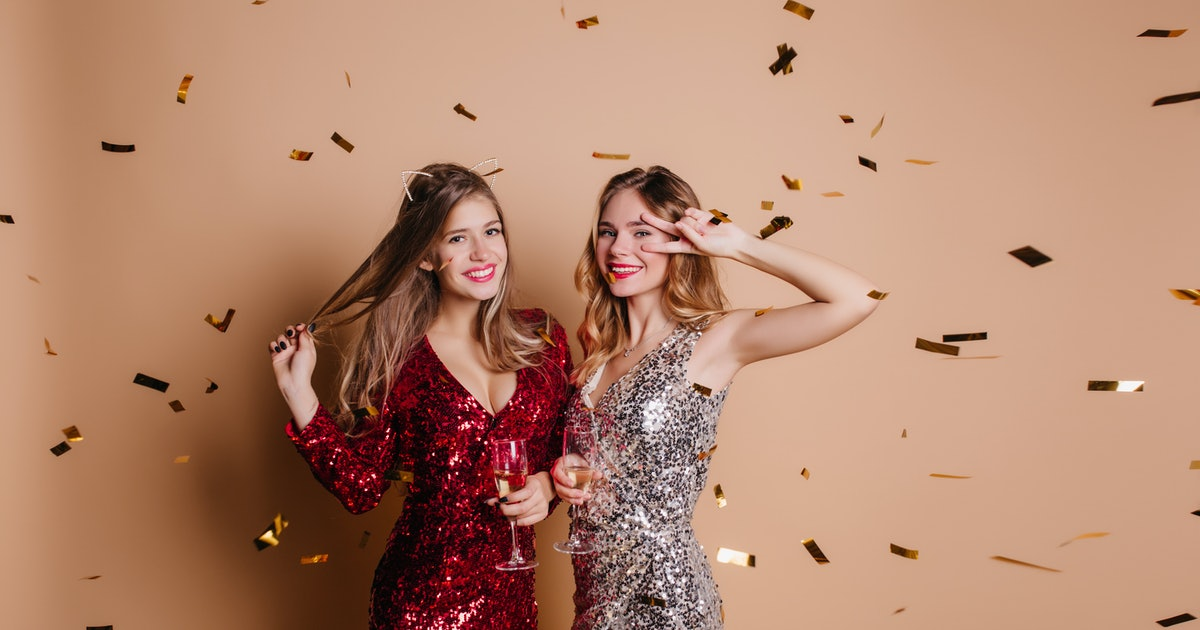 25 Clever New Year's Outfit Captions, Because You're ...