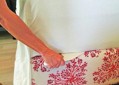 The Tucker Bed Sheet Tucker Tool